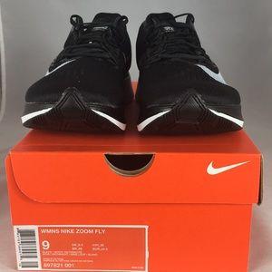 Nike Shoes - Nike women's sneakers